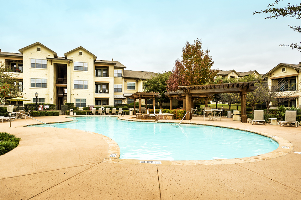 Waterstone apartments